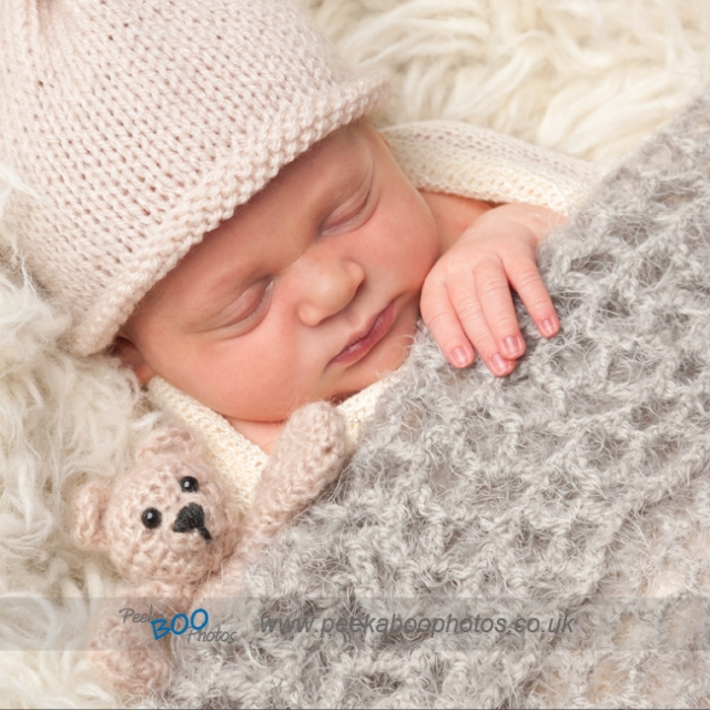 Newborn photograper Highams Park